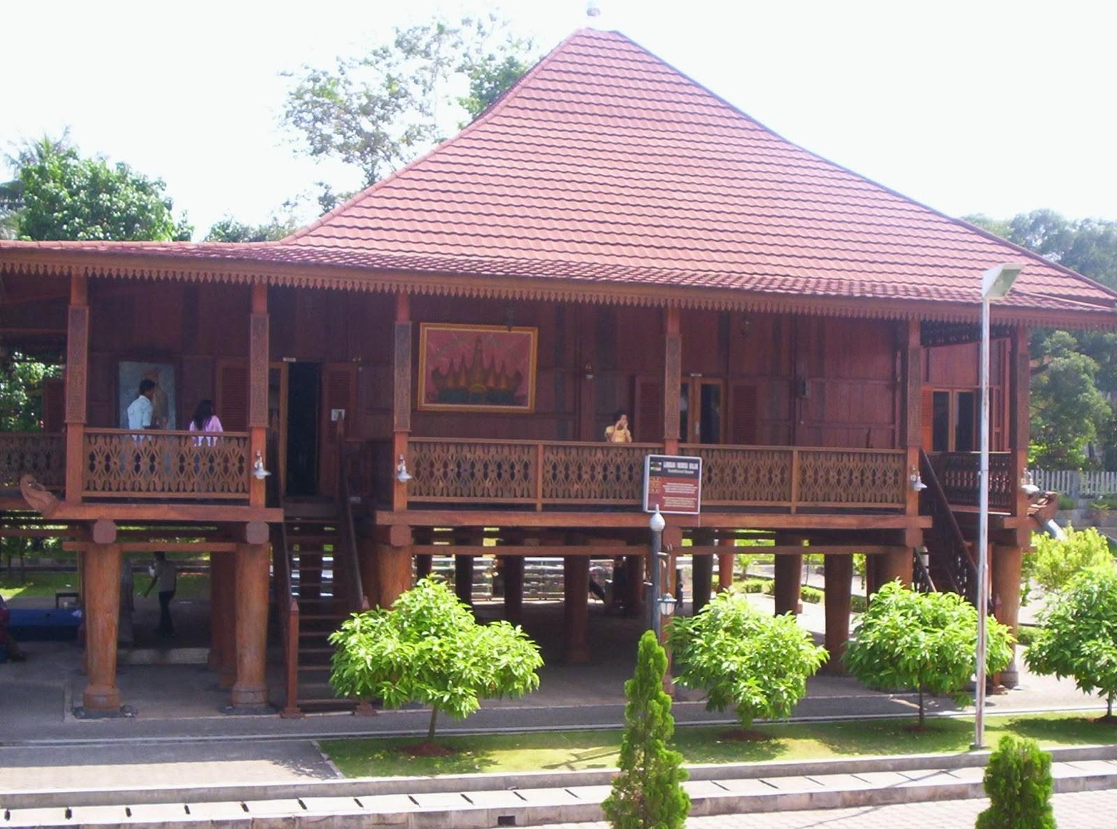 Nuwo Sesat Rumah Adat Lampung Dan Keunikannya Courtina Courtina
