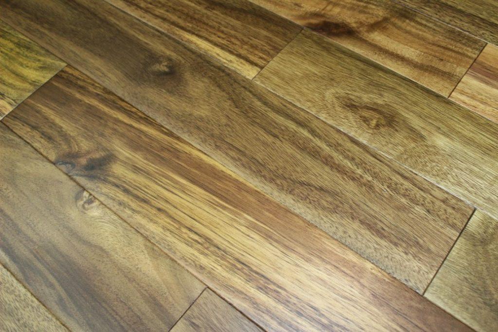 kayu akasia